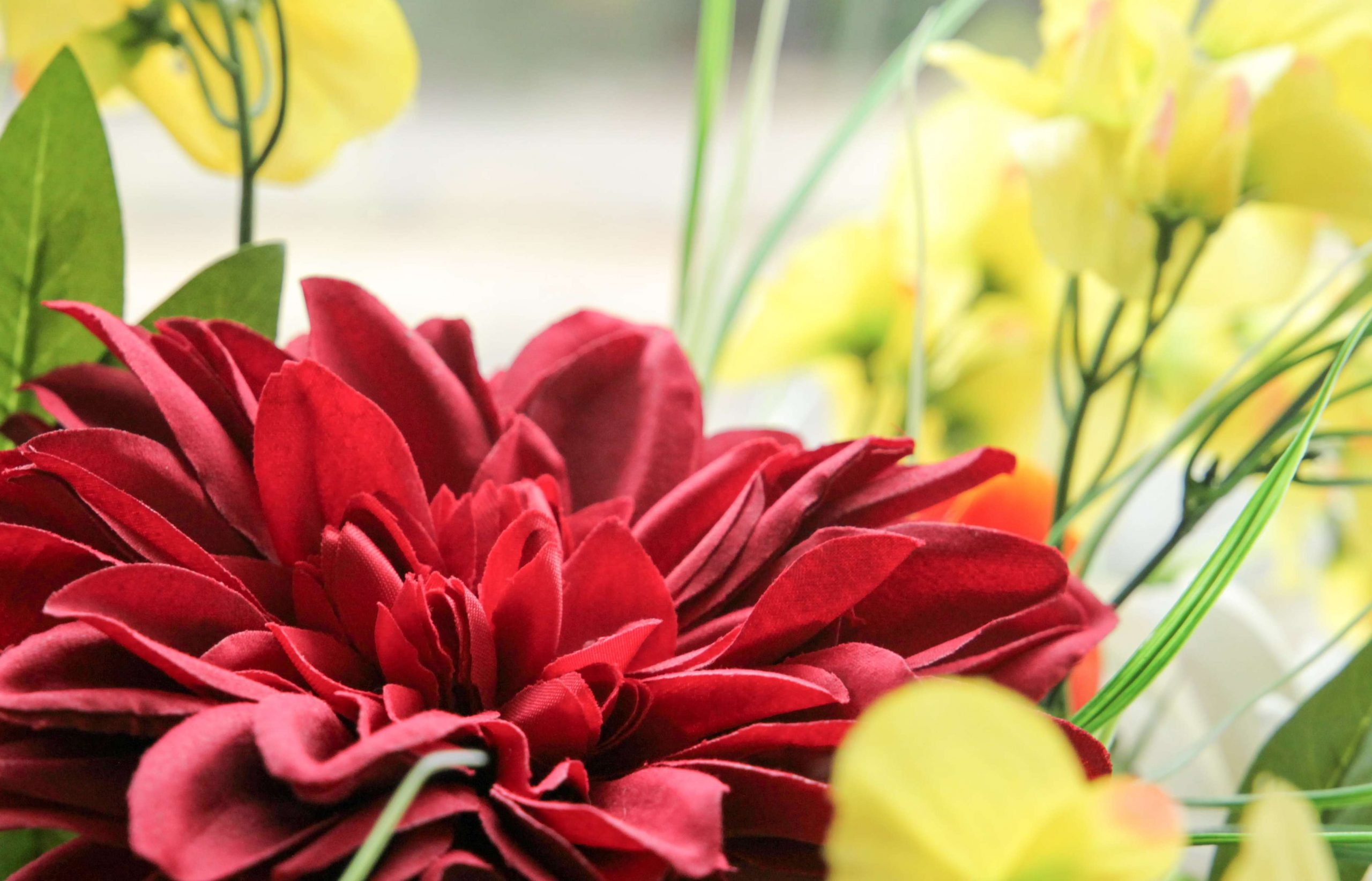 Mākslīgie ziedi, koki, kompozīcijas, pušķi